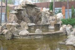 Водопад из  искусственного камня
