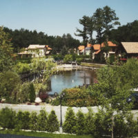 Озеро в коттеджном городке Bosco