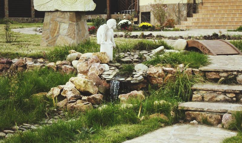 Искусственный водопад-ручей DEX12